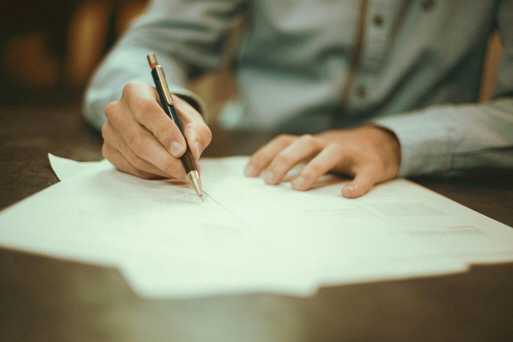 VVS - Forsikringsarbejde - hjælp til forsikringsarbejde - Udfører forsikringsarbejde for boligselskaber, privatkunder samt erhvervskunder